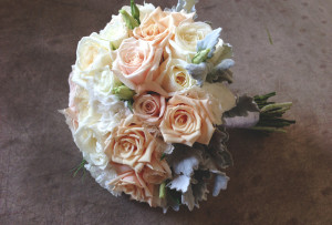wedding bouquet, sahara rose, white avalanche rose,white lisianthus, dusty millers