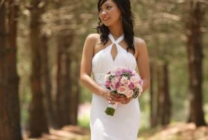 bridal bouquet, roses, singapore orchid, brunia